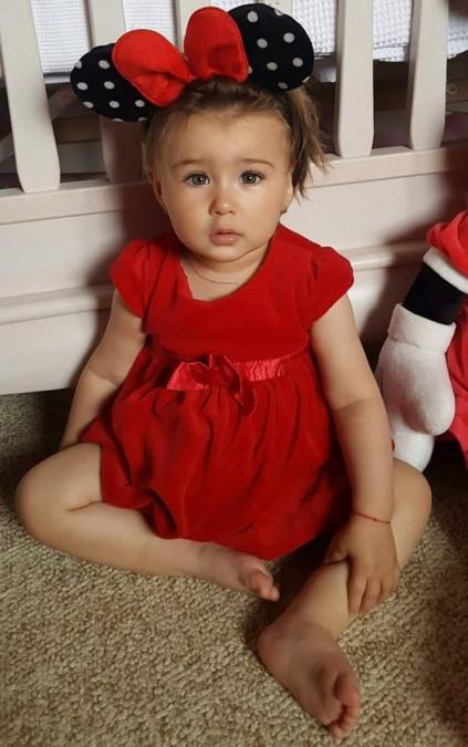A cucerit toti designerii! Fiica unui celebru prezentator de la noi, model la doi ani! Incredibil ce a reusit micuta sa faca, desi este atat de mica