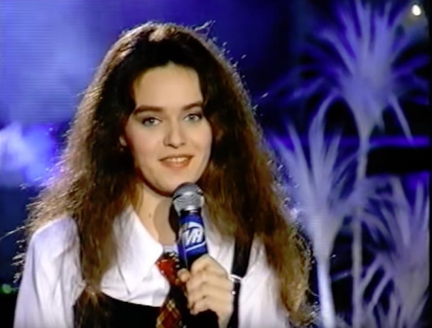 """Ce schimbare! Cum arată acum Dana Mladin, prezentatoarea show-ului TV """"Școala vedetelor"""""""