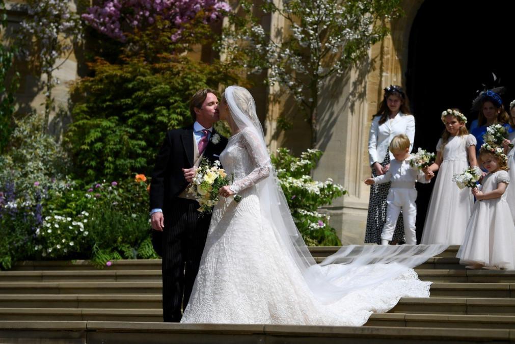 Inca o nunta de rang inalt: ce membru din familia regala britanica s-a casatorit. Printul Harry a venit neinsotit. De ce Meghan Markle nu a fost invitata
