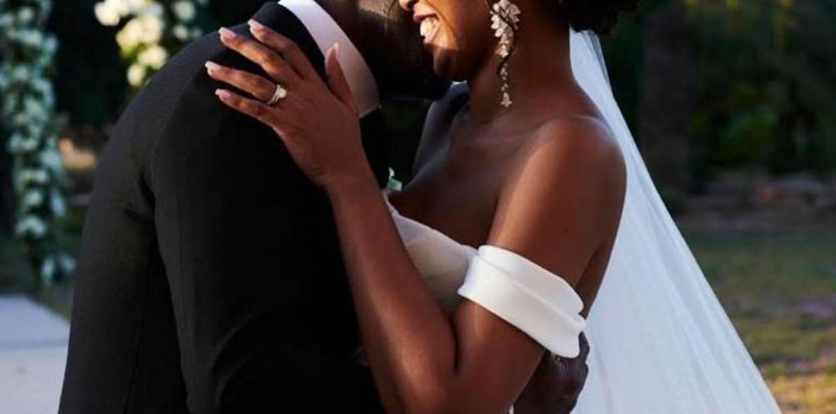 Nunta mare in showbiz! Diferenta de 17 ani nu i-a impiedicat sa isi uneasca destinele. El a fost desemnat cel mai sexy barbat din lume si a mai fost casatorit de doua ori si are 2 copii