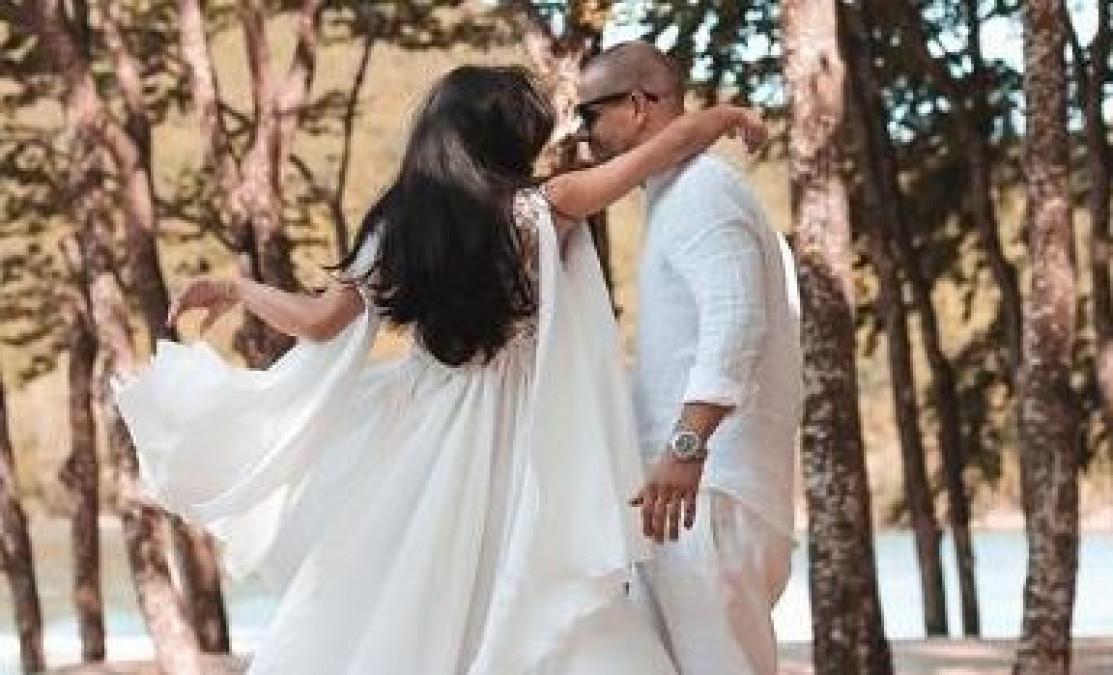 Nunta mare in showbiz! Cea mai cunoscuta bloggerita de la noi s-a MARITAT! Va deveni mama in doua luni
